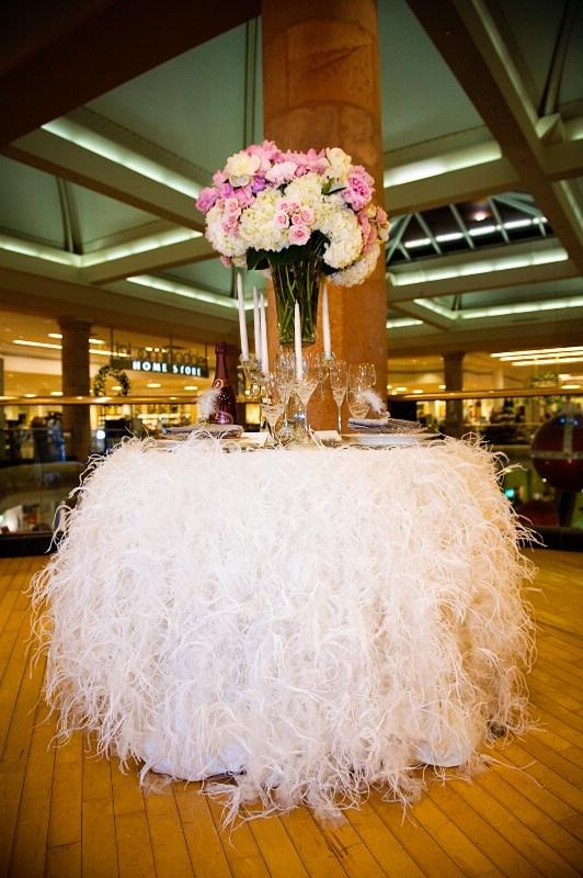 Linen Love For A Wedding Cake Table Wedding Cake Table Pinterest