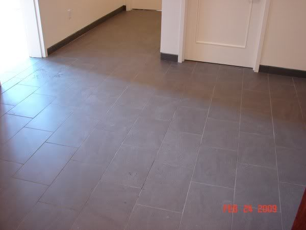 "Note layout - 1/3 staggered brick offset and a 3/16"" grout joint (12x18 tile)"