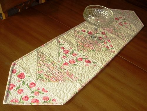 Pin by Carol Hodge on table runners Pinterest