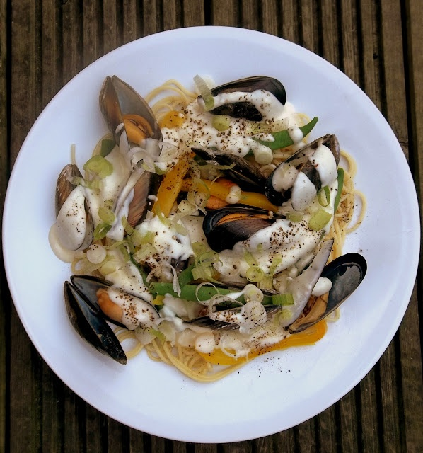 Mussels, Runner Beans and Peppers with Spaghetti in a Creamy (kind of ...