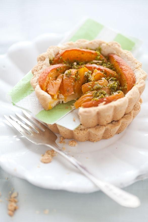 ... dessert - apricot, pistachio and lemon shortbread tarts food-dessert