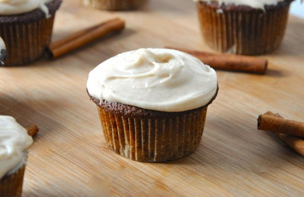 Vegan Bourbon Spiced Cupcakes with Cinnamon Cream Cheese Frosting