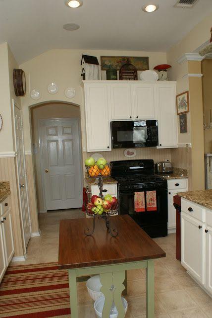 Green kitchen island  kitchen island ideas for Whitney )  Pinterest