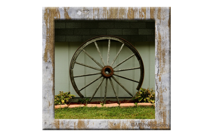 Old wagon wheel old wagon wheels are so pretty with for Things to do with old wagon wheels