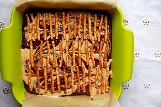 choc peanut butter pretzel brownies | Food | Pinterest