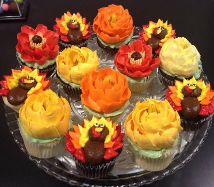 Thanksgiving Themed Cupcakes Cupcake Decorating Ideas