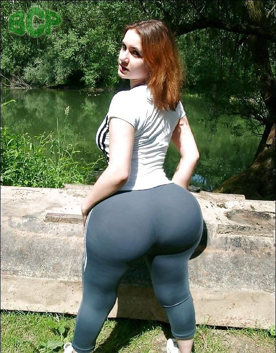 Amateur babe reveals phat ass and shaved twat after shedding spandex pants № 487978 без смс