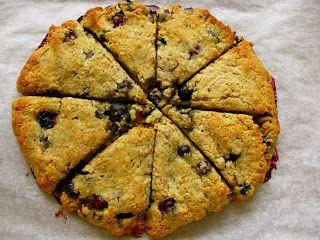 petite blueberry-almond oatmeal scones | Food on Food. | Pinterest