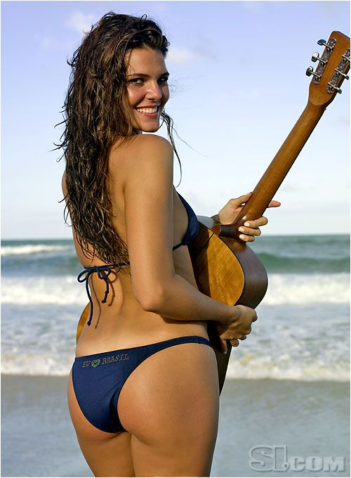Pin on Daniella Sarahyba - 2010 Sports Illustrated