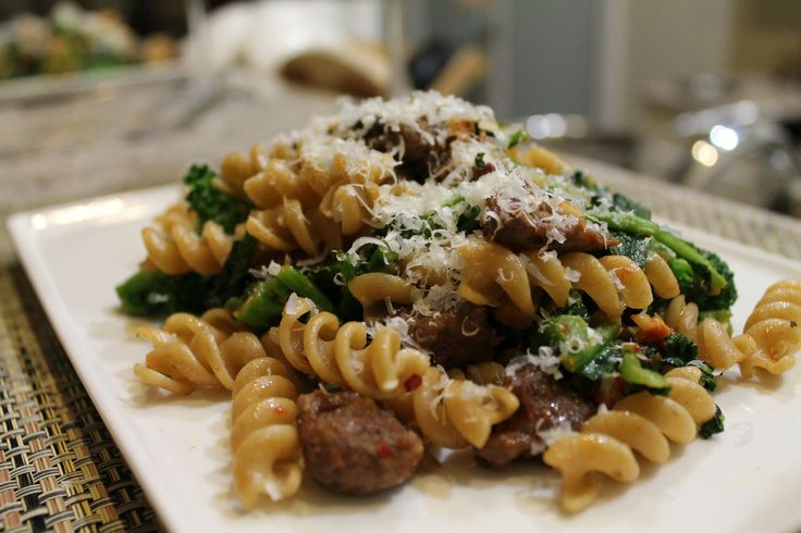Broccoli Rabe with Pasta and Sun Dried Tomatoes | Prep time: 15 ...
