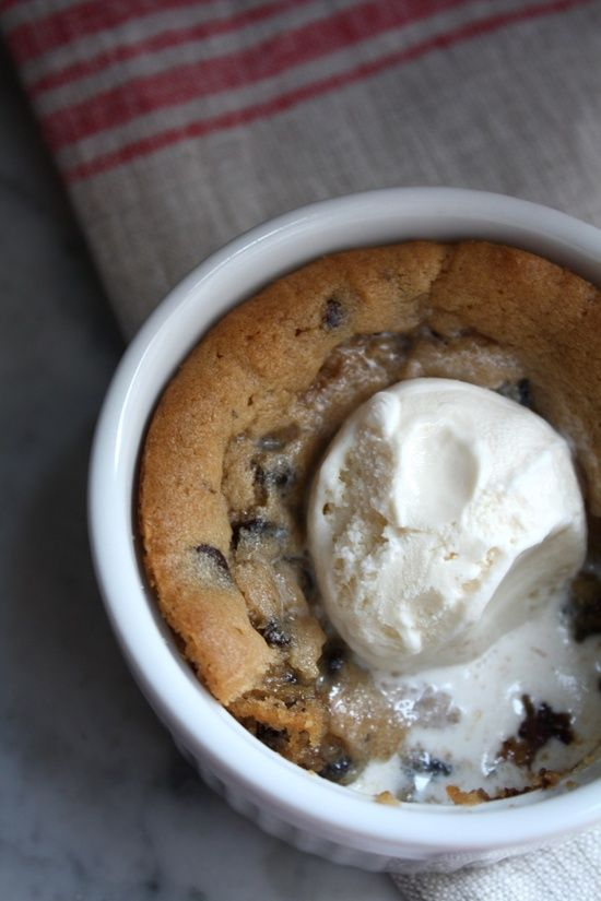 Deep Dish chocolate chip cookie pie. | Favorite Recipes | Pinterest