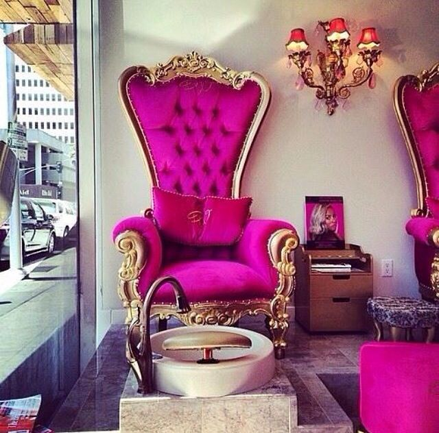 Queen pedicure chair nail bar pinterest for Luxury beauty salon furniture