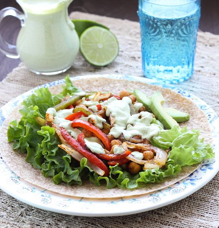 Roasted Chickpea Fajitas with Cilantro Cashew Crema: a vegan meal that ...