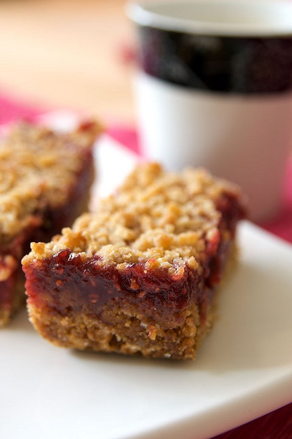 chewy raspberry streusel bars | Cookies | Pinterest