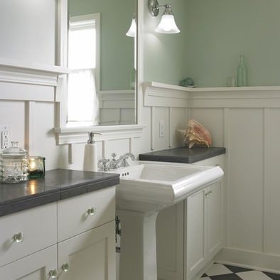 Bathroom Designs With Wainscoting