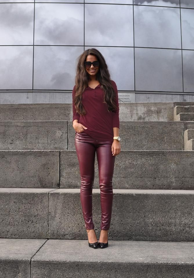 Die.  deep burgandy outfit / leather pants