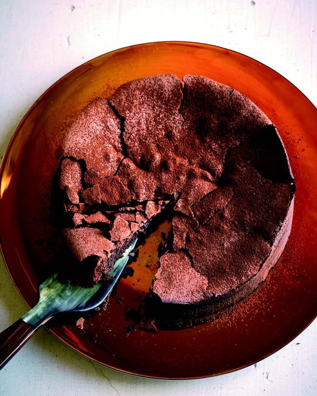 Weight Watchers fallen chocolate cake....just made this, my house ...