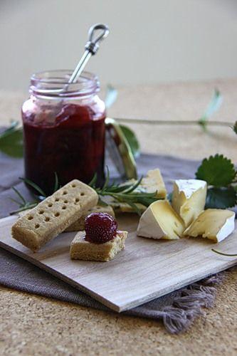 Strawberry jam with rosemary, juniper berries and balsamic vinegar