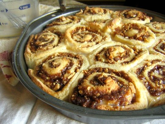 Quick, egg-free cinnamon rolls. The dough uses cottage cheese and ...