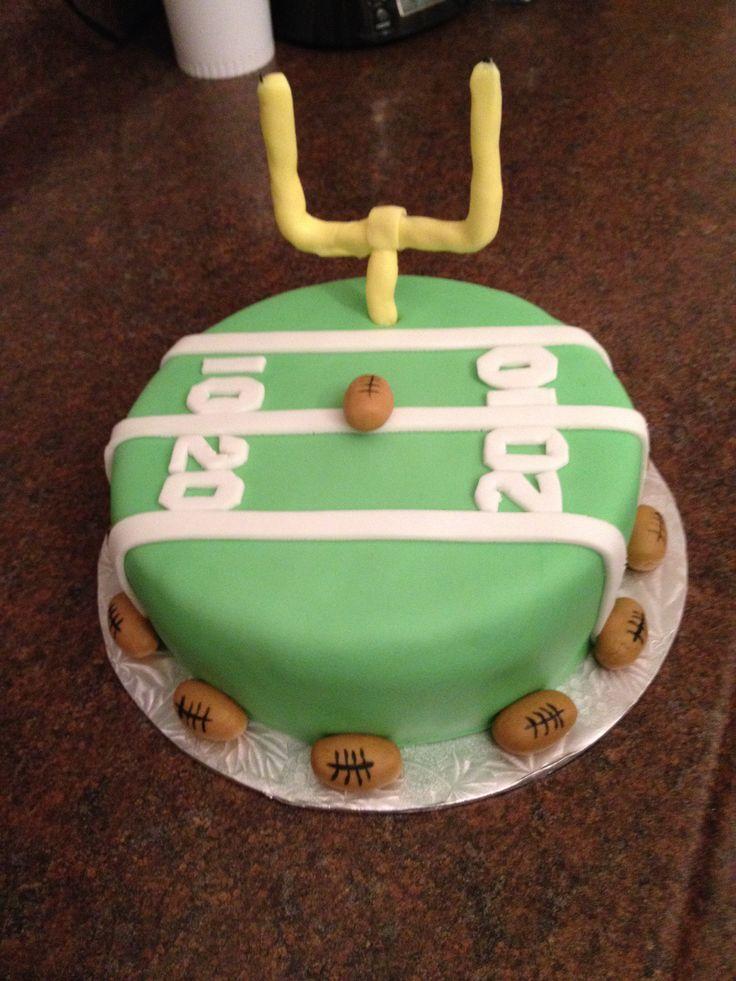 Cake Decorating Ideas Football : Pin Football Themed Birthday Cake And Cupcake Decorating ...