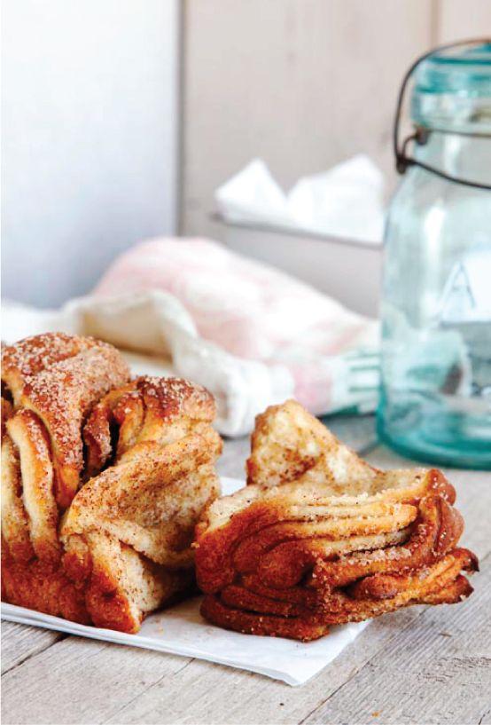 Cinnamon and Sugar Pull-Apart Bread Recipe