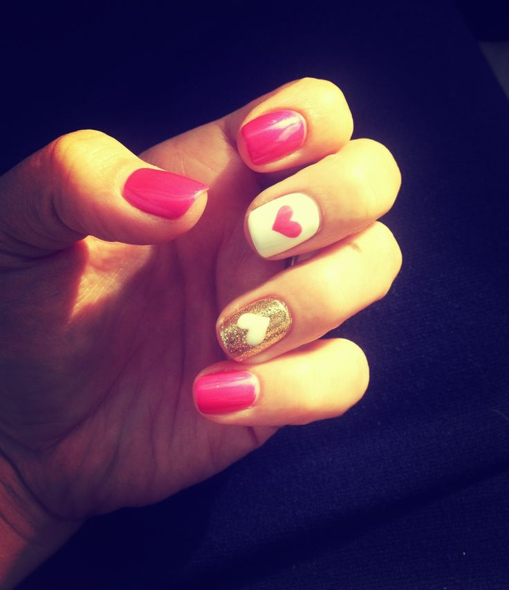 Shellac nails. Valentines day hearts. | My purdy nails | Pinterest