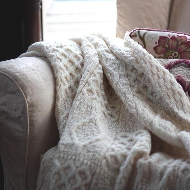 Knitted Pillows Patterns : Chunky Aran Knit Throw Pinterest