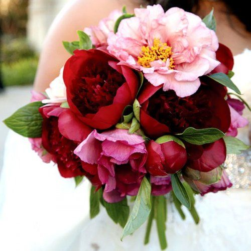 #BLOG  2013 Fall Wedding Trends to Inspire Your Wedding Planning:  http://ow.ly/nXVSU