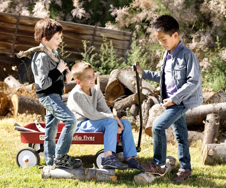 Last call to enter to win a $200 shopping spree to @pediped footwear! #contest #giveaway