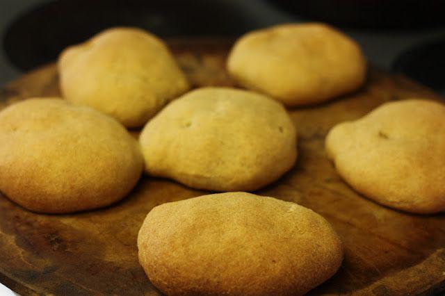 Easy homemade whole wheat hamburger buns | Totally Homemade..No Fakie ...