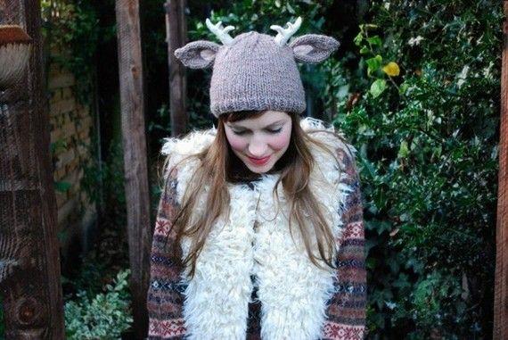 Knitting Pattern Deer Hat : deer with little antlers hat KNITTING PATTERN