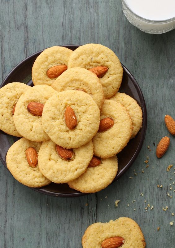 Almond – Cardamom Cookies (Eggless) | Live to Eat | Pinterest