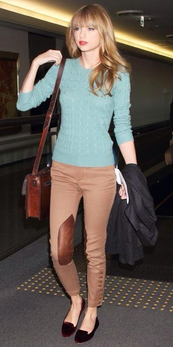 Airport Fashion Taylor Swift On A Jet Plane