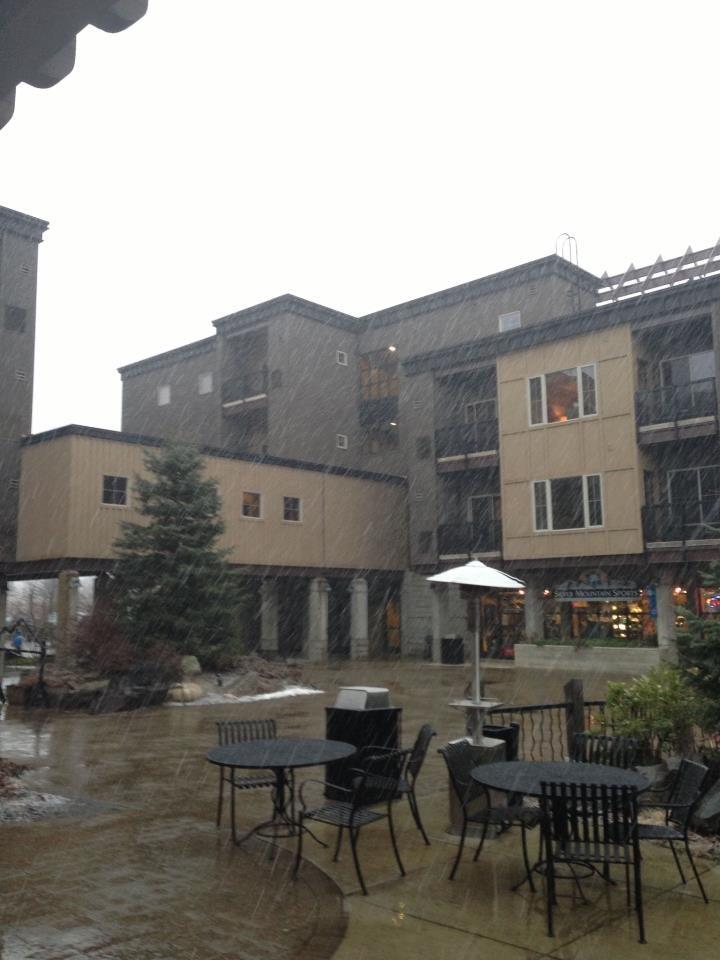 Silver Mountain Gondola Village   Kellogg Morning Star Lodge Condos a ...