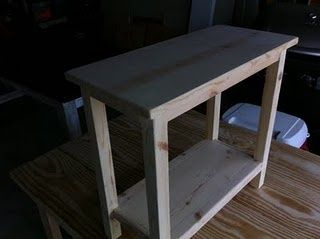DIY Simple End Table For Small Spaces DIY Pinterest