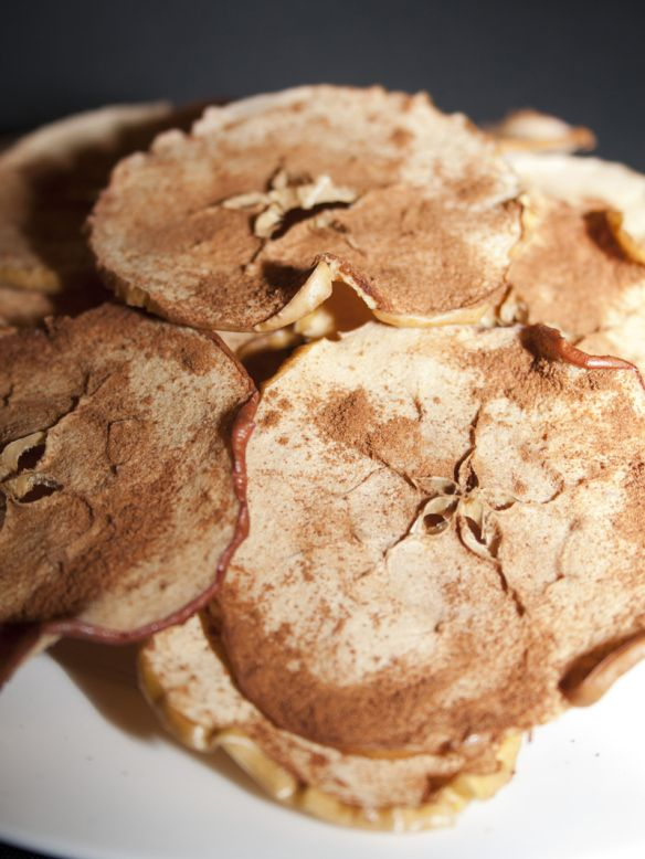 Oven Baked Apple Chips Super Easy! | Food | Pinterest