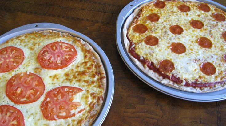 White pizza and whole wheat pizza crust | Noms- Pizza Party! | Pinter ...
