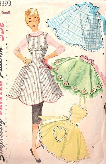 1950s VINTAGE APRON PATTERN SWEET EMPIRE FULL BIB APRON, HEART SHAPE BIB VERSION, 2 PRETTY HALF HOSTESS APRON STYLES, SCALLOPS LOWER EDGE, SIMPLICITY 1393