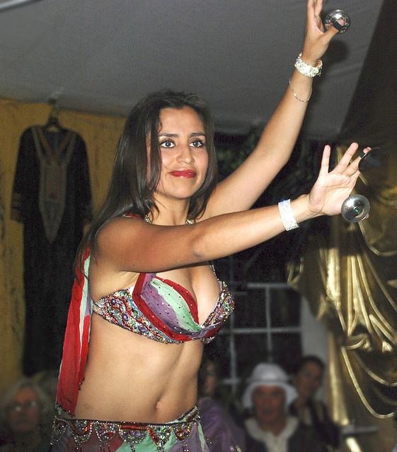 belly dancer from Khemisset, Morocco