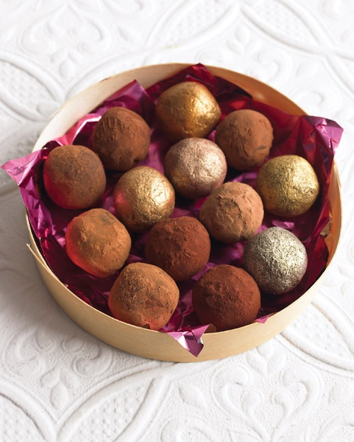 Easy chocolate truffles with luster dust