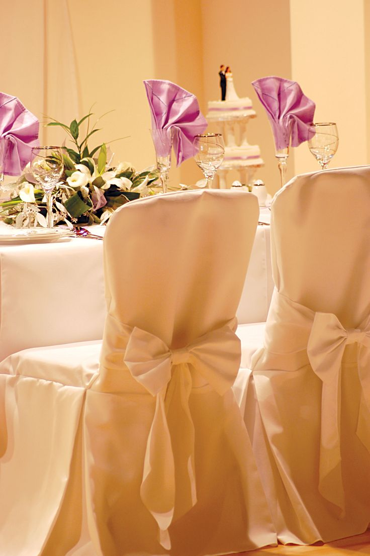 Table Runners And Napkins