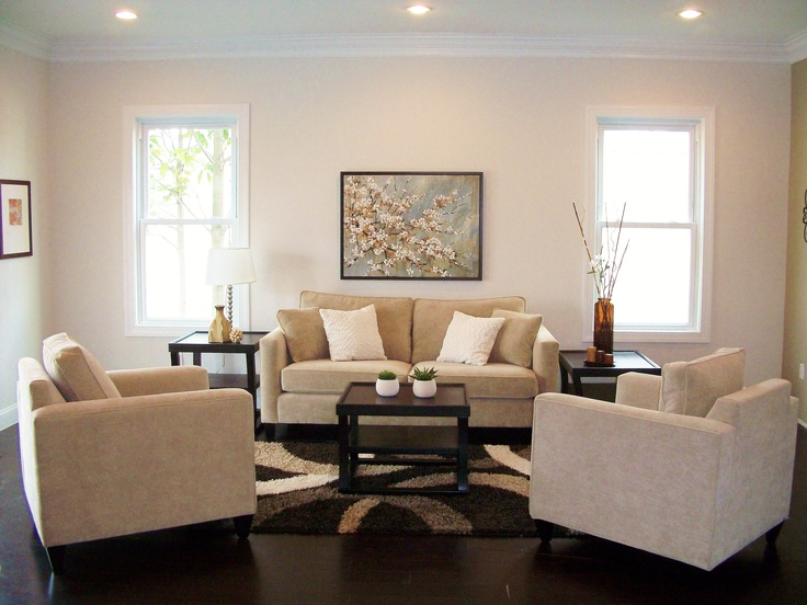 Simple but effective home staging ideas pinterest for Staging small living room