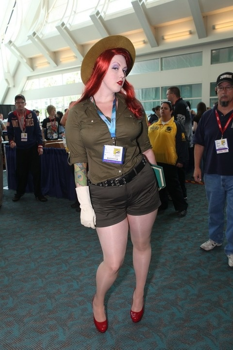 Comic-Con 2011 Cosplay Pics - Kiki as Jessica Rabbit--Forest Ranger