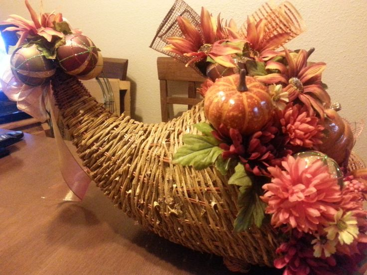 Thanksgiving cornucopia centerpiece crafty business