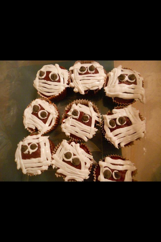 Mummy cupcakes | sweets | Pinterest