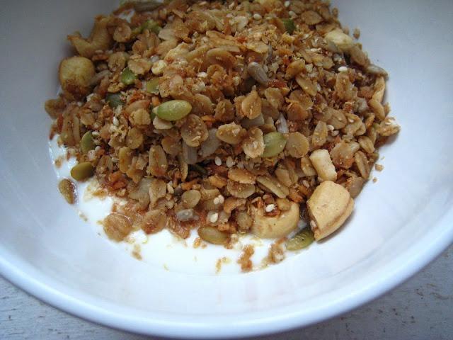 coconut cashew quinoa granola | Sustenance | Pinterest