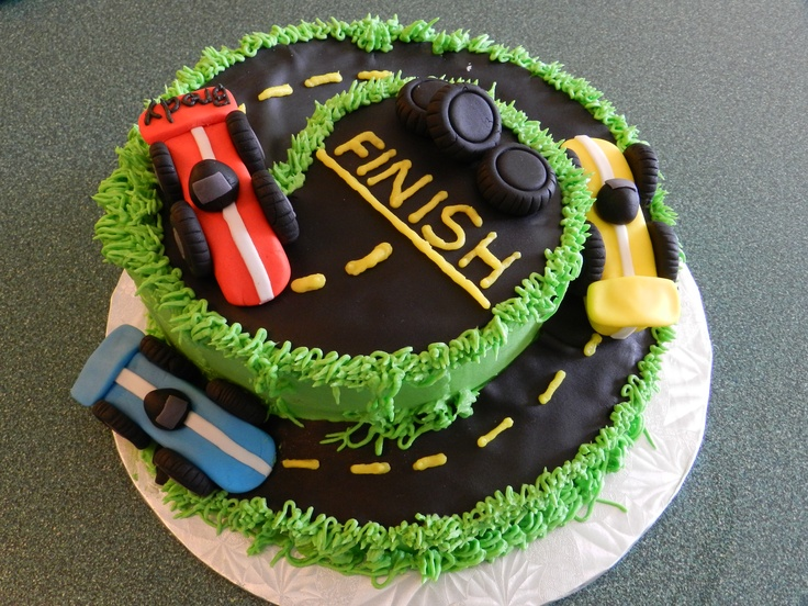 Easy Car Cake Design : car cake great for boys.and easy to make Cakes Pinterest