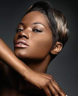 blackhair #shorthair #highlights #coolhairstyle