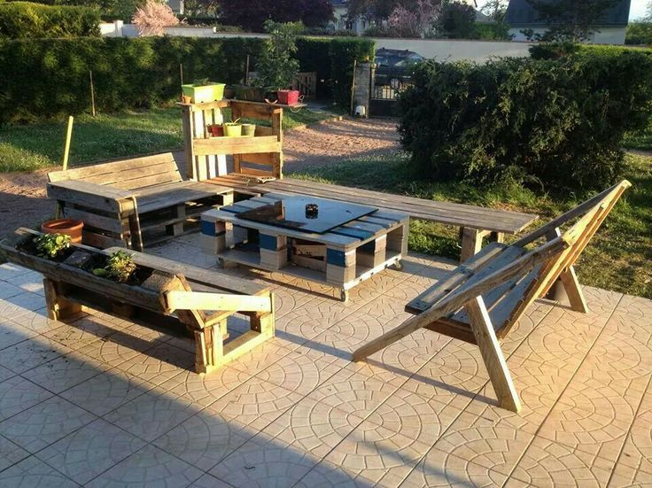 ... based patio set | Reuse, recycle, repurpose, reinvision | Pint