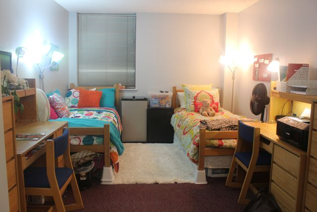 Love This Room Dorm The University Of Michigan: dorm room setups